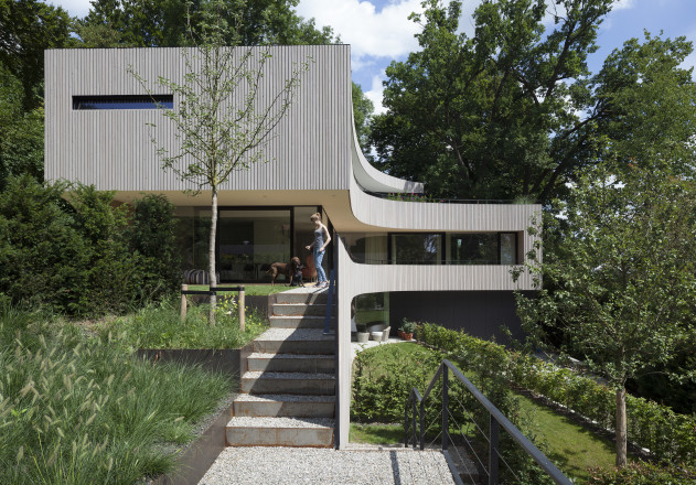 BembeDellinger-buero-und-wohnhaus_Starnberg-Aussenansicht-tag.jpg