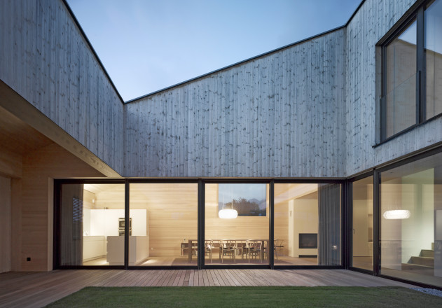 Bernardo Bader Architekten_Haus im Feld_Sulz_2010_Adolf Bereuter_2