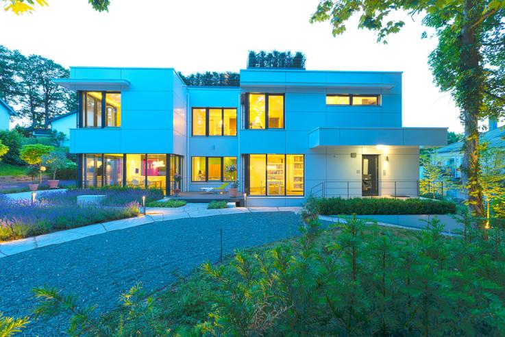 Architekturbüro Nouri-Schellinger Passivhaus Roter Alkoven Aussenansicht