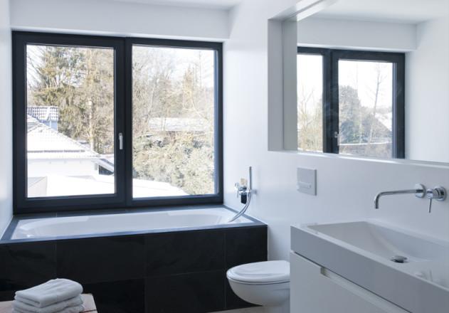 Gramming Rosenmueller Architekten Einfamilienhaus Bachern Woerthsee Badezimmer