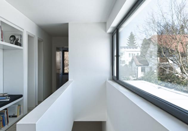 Gramming Rosenmueller Architekten Einfamilienhaus Bachern Woerthsee Treppe