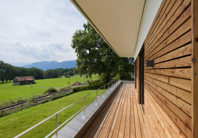 Gramming Rosenmueller Architekten Einfamilienhaus mit Einliegerwohnung Balkon