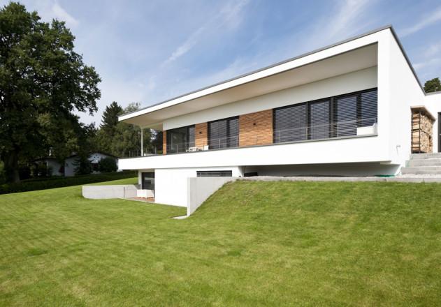 Gramming Rosenmueller Architekten Einfamilienhaus mit Einliegerwohnung Garten