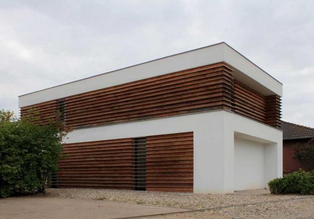 Nieberg Architect Architektenprofil Einfamilienhaus Holz Fassade