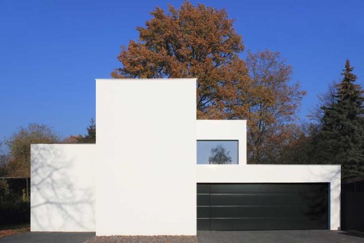 Nieberg Architect Architektenprofil Einfamilienhaus weisse Fassade
