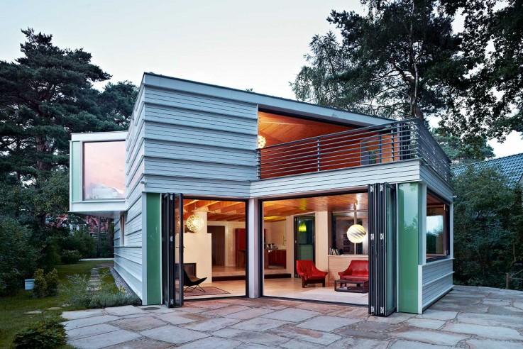 Archibaldbüro Katrin Oggesen kleines Haus aus Holz aussen Fassade