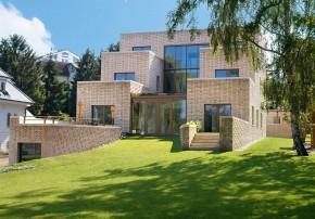 Tillmann Wagner Architekten Mehrgenerationen-Villa am See Terrasse