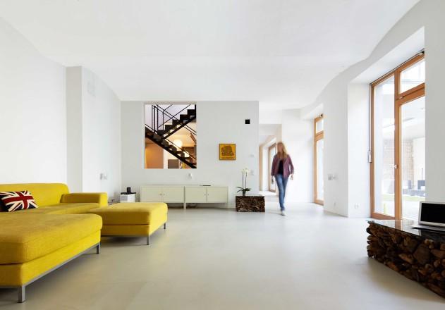 Carsten Blankenhorn Umnutzung einer Werkstatt Wohnbereich