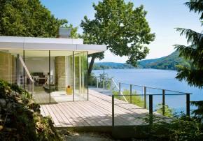 LHVH Architekten Haus am Stausee kleines Haus Eifel