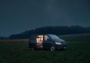 Nils Holger Moormann Luxus Immobilie VW T6 Holzklasse Camper VW Bus Interior