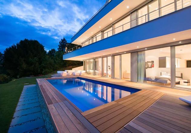 villa-am-hang-mit-pool-pforzheim-2015.jpegWEB
