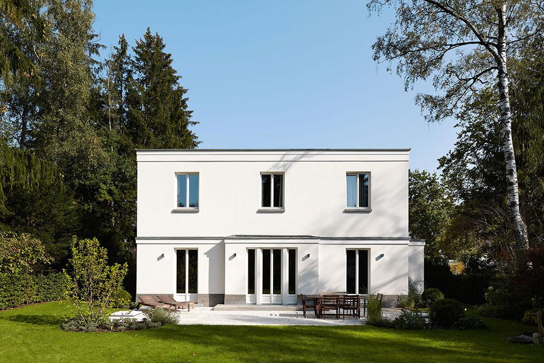 moderne klassik klassische villa tradition neu. Black Bedroom Furniture Sets. Home Design Ideas