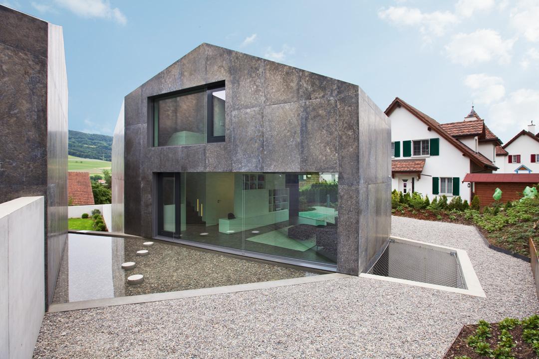 Parallelogramm aus beton moderne einfamilienh user aus beton for Architekt einfamilienhaus
