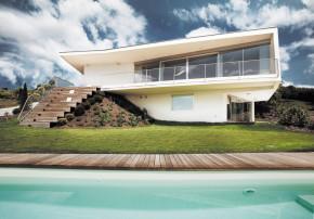 LOVE architecture and urbanism Villa mit Pool Graz Aussenansicht mit Pool