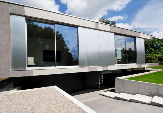 Architekturbüro di Simone Architektin Einfamilienhaus Starnbergersee Aluminiumfassade