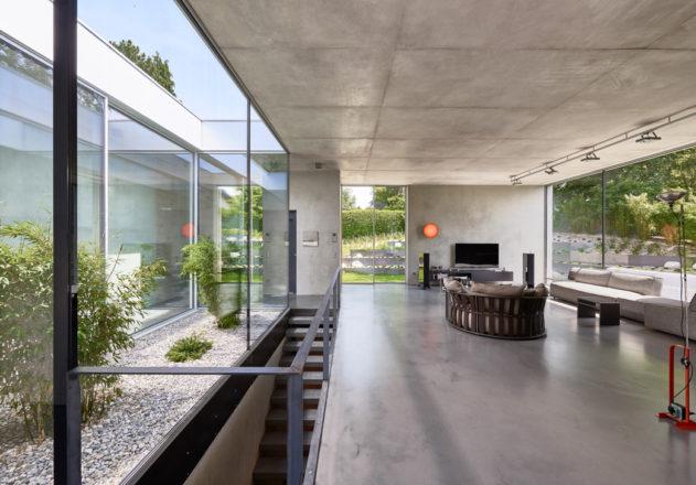 Architekturbüro di Simone Architektin Einfamilienhaus Starnbergersee  offener Wohnbereich