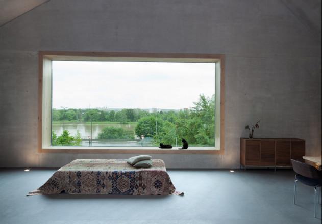 fabi Architekten Neubau Haus F asymmetrisches Satteldach Innenansicht